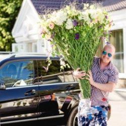 Молодой, симпатичный, голубоглазый парень из Орла пригласит девушку на интим свидание